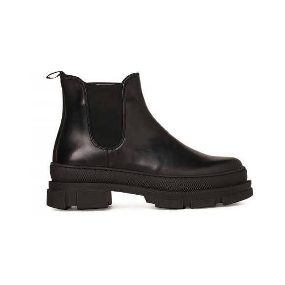 Garment Project - Irean Chelsea Boots Black